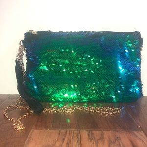 Color Changing Sequins Bag With Gold Chain Strap